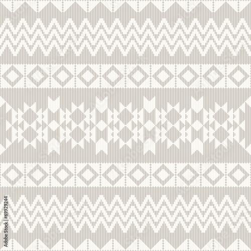 Geometric ornamental pattern - 69929244