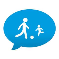 Etiqueta tipo app azul comentario simbolo niños jugando futbol