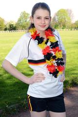 Teenager ist Fan von Deutschland