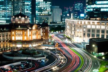 東京駅とKITTE