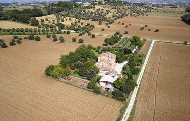 Foto aerea casa a Jesi (Ancona, Marche, Italia)
