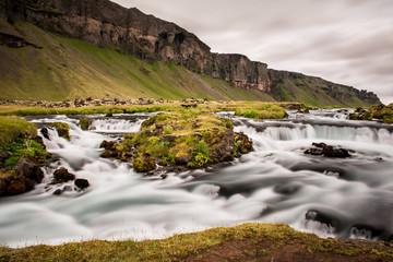 Falaise Rivière torrent Islande