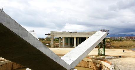 Construcción de un puente sobre el río Llobregat, Barcelona