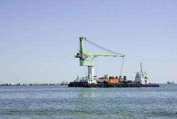 промышленный грузовой корабль