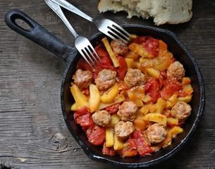 Овощная сковорода с мясом