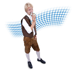 Teenager in bayerischer Tracht