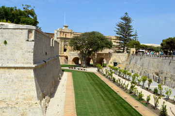mdina wall fortification malta
