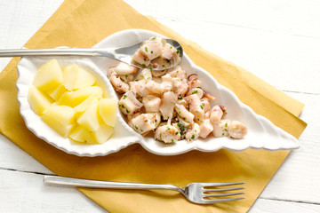 recipe with boiled octopus and steamed potatoes