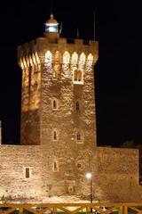 Tour d'Arundel de nuit