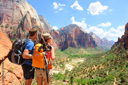Leinwanddruck Bild Hiking - hikers looking at view Zion National park