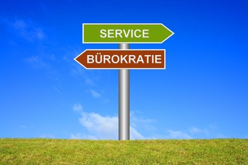 Schild Wegweiser: Service / Bürokratie