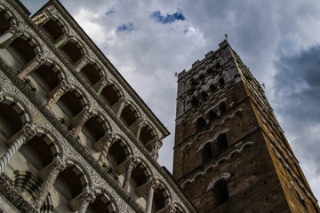 Lucca cathedral facade 03