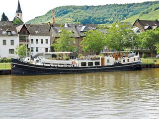 waterfront Ellenz Poltersdorf village on Moselle