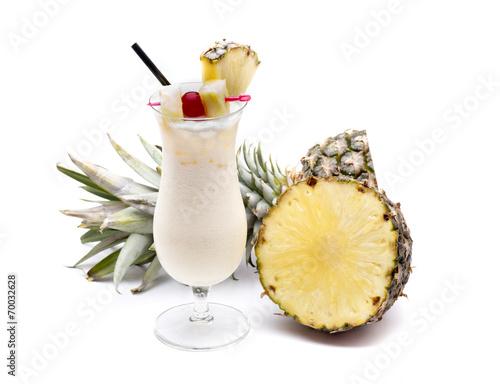 Papiers peints Cocktail piña colada fruit