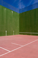 Fronton court detail