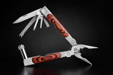 Pocket multi tool knife
