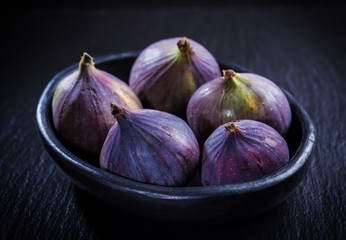 Figs in the bowl