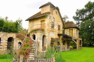 Le moulin (hameau de la reine-Versailles)