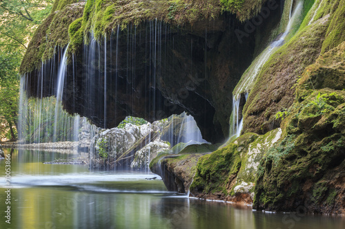 Plakat Bigar Cascade Falls in Nera Gorges National Park, Romania