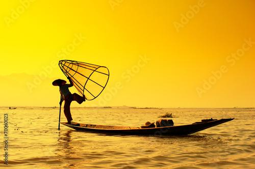 Leinwanddruck Bild Myanmar, Shan state, Inle lake Intha fisherman on boat