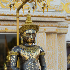 Buddha image named Phra Buddha Maha Thammaracha in Traiphum temp
