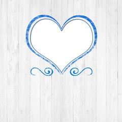 Weißes Holz mit Herz