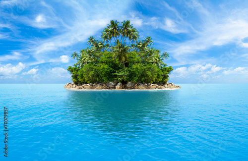 Poster Eiland tropical island in ocean