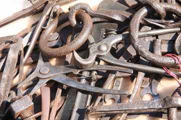 attrezzi per lavorare il ferro antico mestiere