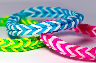 Loom Bänder / Armband aus Gummi!