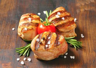 Grilled pork medallions