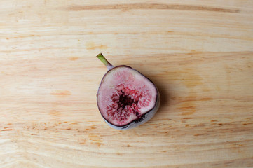 Freezer half Figs fruits