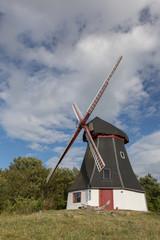 Windmühle auf dem Hügel