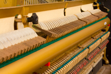 Inside of a piano, Piano parts