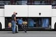 Leinwanddruck Bild - volles Gepäckfach eines Reisebusses