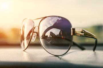 Driver mirorred in sun glasses