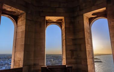 Pietre di Puglia: Cattedrale di Trani.-ITALIA-