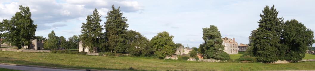 Vestiges du village martyr d'Oradour-sur-glane