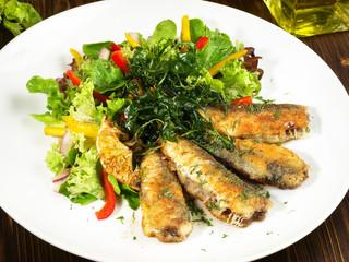 Salat mit Sardinen