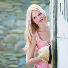 blonde face
