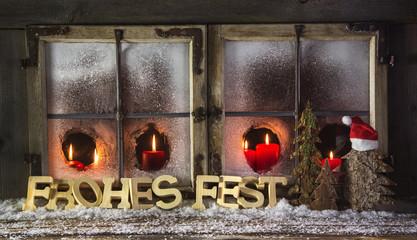 Weihnachten: Dekoration Fenster mit Kerzen in Rot und Text