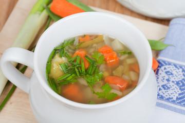 vegetarischer Eintopf mit frischem Gemüse