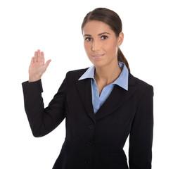 Attraktive isoliert Geschäftsfrau präsentiert ein Produkt