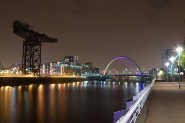 Glasgow Szkocja Scotland Clyde Arc Finnieston Crane Bridge