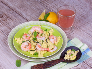 Cous cous salad with shrimps