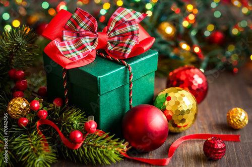 Christmas gift box - 70142456