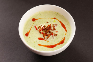 spinach cream soup with bacon