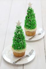 homemade christmas tree cupcake