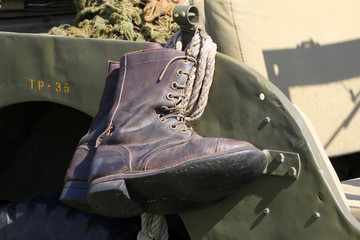 Bottes militaire