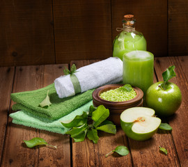 Spa products of green and towls