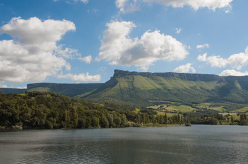 Maroño reservoir view. Sierra Salvada mountain range